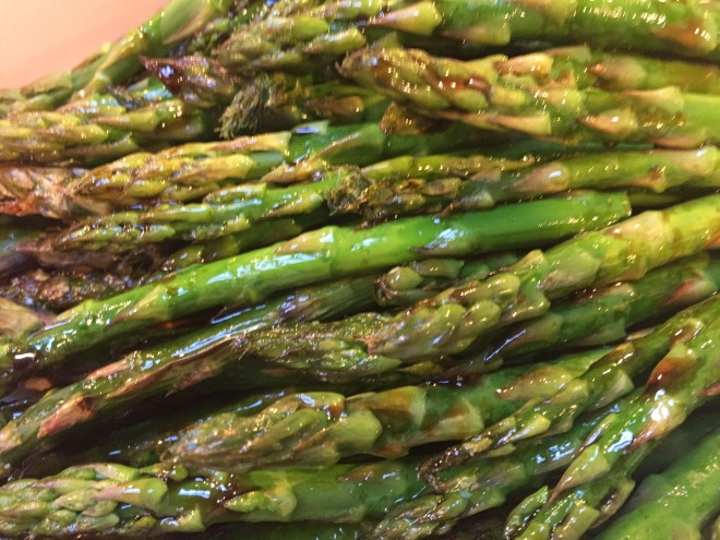 Asparagus with 4 Ingredient Sauce